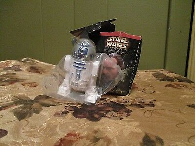R2 D2 Applause  with Box from Restaurant