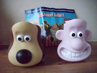 wallace and gromit kingsmill pair of egg & soldiers holders