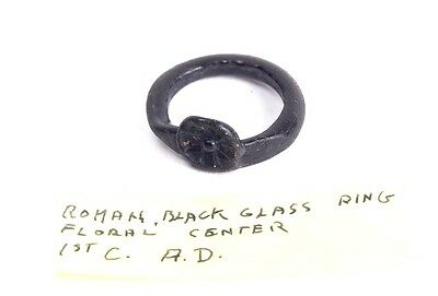 Ancient Roman Egypt Glass Ring c.2nd century AD.