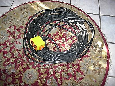 85 Foot Extension Cord 12 Gauge 4 Outlet Box Works Properly