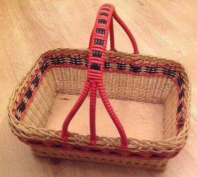 Vintage Wicker Shopping Basket – Red Plastic Trim