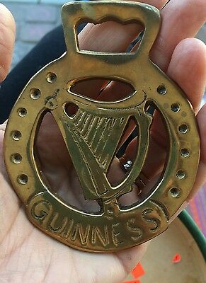 Unusual Vintage Show Horse Equestrian Brass Medallion Collectible Guinness Nice!