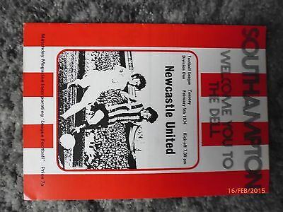 Programme Southampton v Newcastle  Division One 1973-1974  - Mint Condition.