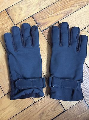 Touchscreen Totes Isotoner Smartouch Gloves Black