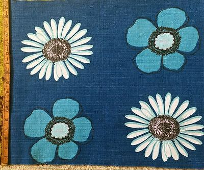 FAB  1950s/1960s VINTAGE COTTON BARKCLOTH FABRIC - LARGE STYLISED FLOWERS