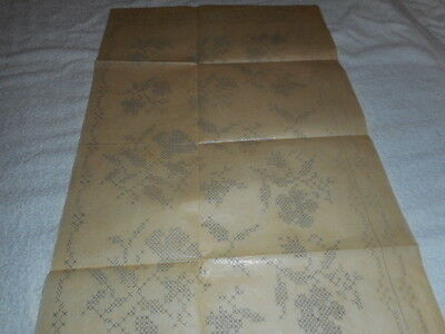 Vintage Embroidery Iron on- Beyer No.90999 - Flowers