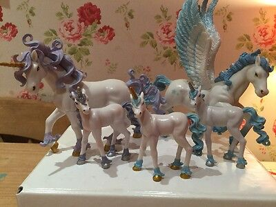 early learning centre Winter Wonderland Unicorn And Pegasus Figures