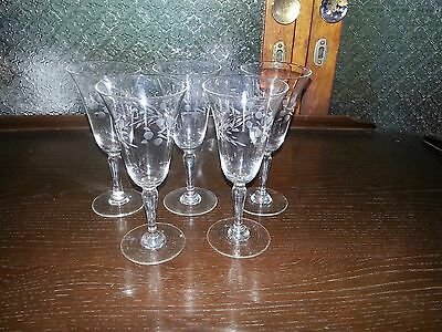 Vintage etched Sherry glasses x 5