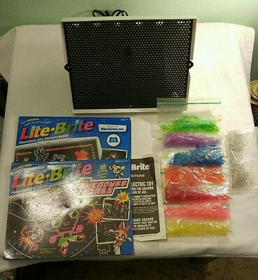Vintage 1994 Lite-Brite w/Pegs, 11 Papers, Box, Light Bulb and Instructions
