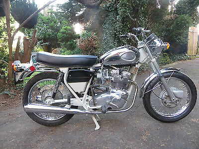 BSA MK2 Rocket 3 A75V  1971 five speed project one of 200 ever made