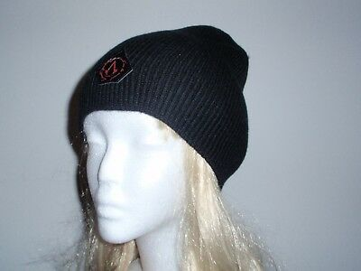 95cc2dae790 NEW  OFFICIAL ASSASSINS Creed Black Beanie Hat - £7.95