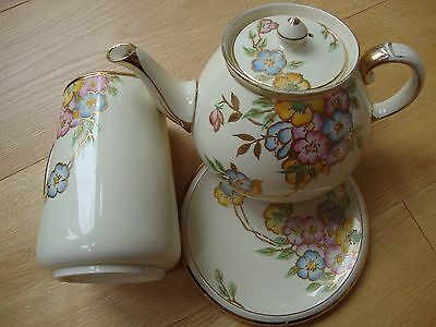 Vintage Gibson's Teapot, Jug and Plate Set
