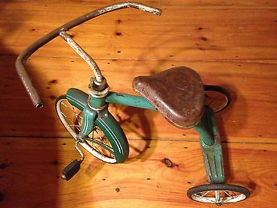 1930's Green Hedstrom Tricycle Narrow Hard Rubber Spoked Wheels