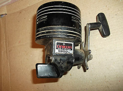Old Daiwa 9850A Spinning Casting Reel