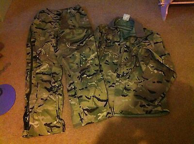 British Army / SAS Issue Lightweight Jacket And Trousers Size Medium