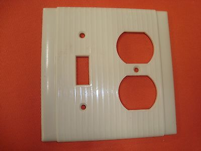Vtg Uniline P&s Ribbed Border Bakelite Single Switch & Outlet Plate Cover Ivory