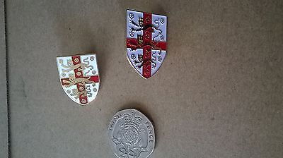 2 x cross of st george and 3 lions badges