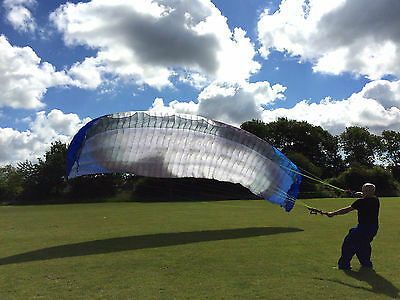 Dudek Synthesis paraglider canopy and paramotor