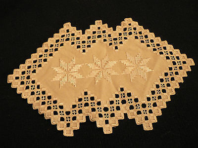 HARDANGER FINISHED  CLOTH 13-1/4 by 8  INCHES INTRCATE NEEDLE WORK DESGIN