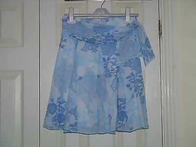 Next girls skirt - size 8 years old - VGC