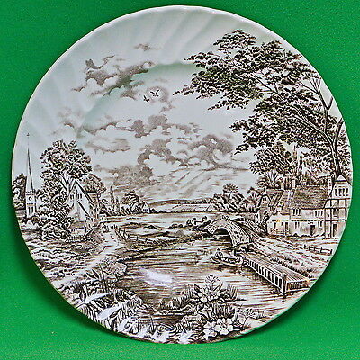 Vintage (1970s) Ridgway (Staffordshire England) Brown Country Days Dinner Plate