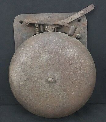 Very Fine Antique Metal Boxing Bell Good Condition