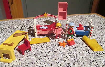 PLAYMOBIL * 16th scale DOLLS HOUSE FURNITURE / Lundby size - CHILDRENS BEDROOM