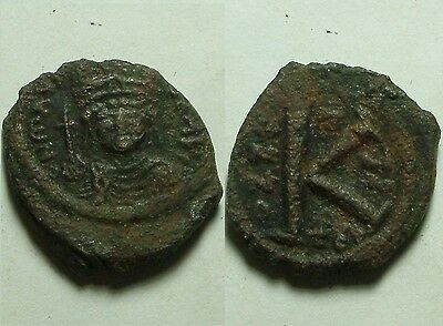RARE Ancient Byzantine BRONZE half FOLLIS Coin 6 Century AD ANNO Cross K TES