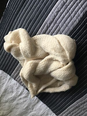 Ladies Snood And Mittens