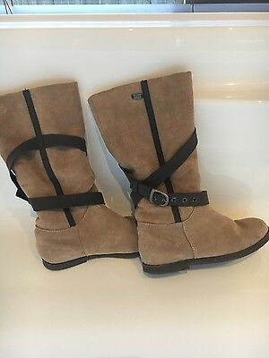 Women's emu brown boots size 39