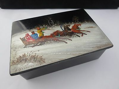 Vintage Hand Painted Russian Lacquer Lacquered Box Signed 1976 Troika