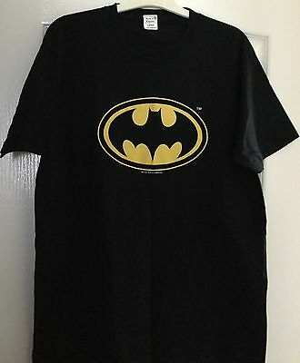 Batman - Vintage Black T-Shirt - Dc Comics Copyrighted - Size Large