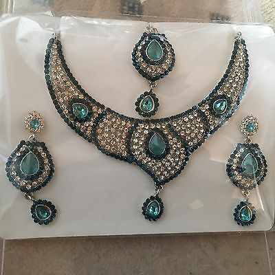Silver Tone Indian Bridal Set With Teal And Clear  Diamante