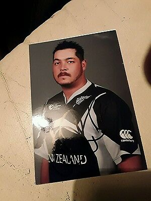 New Zealand Cricketer Jesse Ryders Hand Signed Autograph