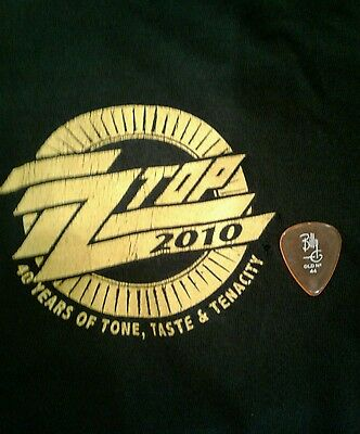 ZZ Top Local Crew Shirt XL and Billy Gibbons Guitar Pick