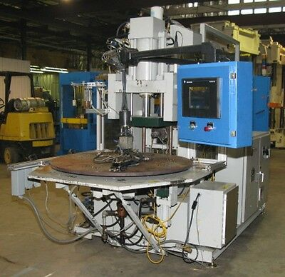 Autojectors 50 Ton Vertical Injection Molding Machine With A Rotary Table
