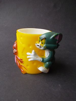 """Tom & Jerry Egg Cup Stamped """" Mgm Inc 1970 Made In Honk Kong """" On Base"""