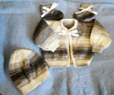 baby knitted coat + hat + bootes 0/3 months  acrylic brand new