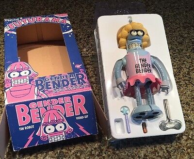 Futurama Gender Bender Robot Action Toy w/ Wind Up Key included In BOX!