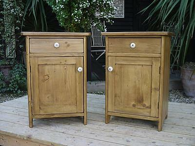 Nice Chunky Pair Of Old Antique Pine Bedside Cabinets/lamp Tables/pot Cupboards