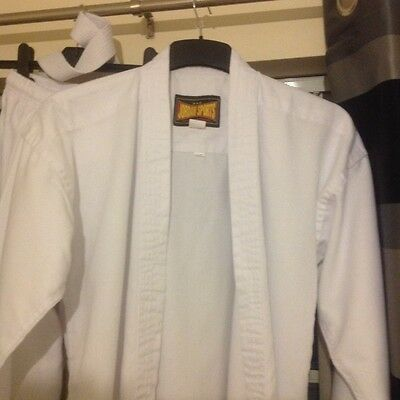 karate/ Judo suit worn once 170cm/ size 4