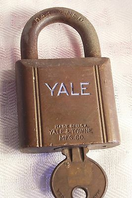 "Vintage Yale & Towne Mfg. Co. Brass Padlock 2 7/8""H x 1 3/4""Hardware Collectible"