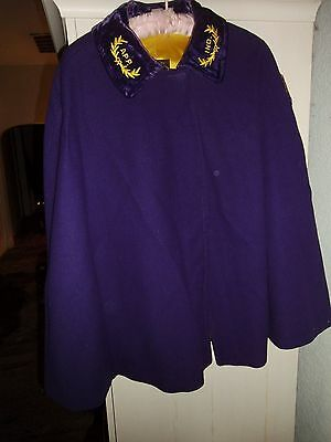 VINTAGE ODD FELLOWS LADIES AUX. CAPE,, PURPLE WOOL lined in yellow,,