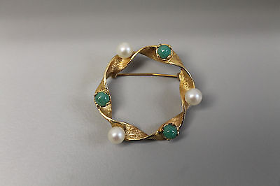 14k Yellow Gold Twist Circle Pin with Green Stones and Pearls