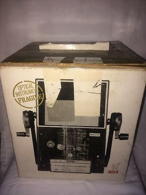 Vernon 303 Dual 8mm Super 8mm Film Viewer Editor with Extra Bulb in Original Box