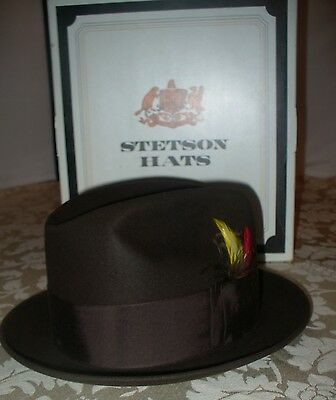 STETSON ~ FEDORA HAT ~ 3X BEAVER ~ Brown w/ Feathers in Band ~ w/ BOX ~ Size 7