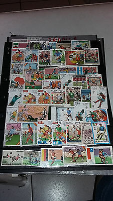 46 Timbres Football Obliteres