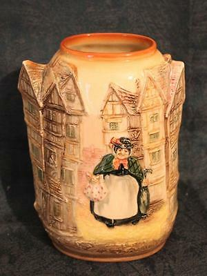 Rare Royal Doulton Dickens Series Ware 3D Relief Moulded Vase ~ Sairey Gamp 8207