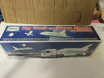 1999 Hess Toy Truck W/ Space Shuttlew/ Satellite  NIB 1pc. W/Original Hess Bag
