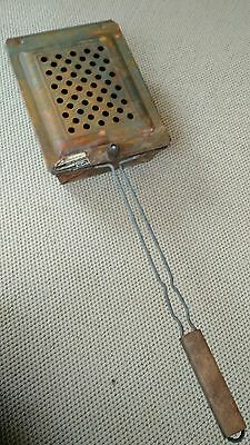 Vintage Leigh Bromwell Corn Popper, Model 83-W, Rusty Condition Cabin Decor